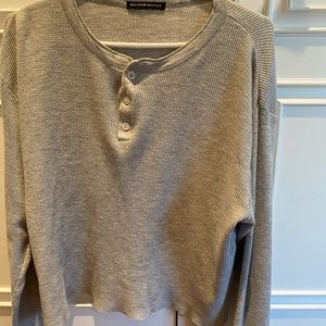 Brandy Melville grey waffle top with buttons